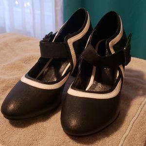 Women black and white stilettos